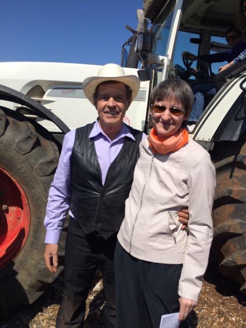 Gary Young und Gudrun Dara Müller im April 2015 bei der Eröffnung der Farm in Kroatien